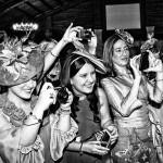 Fotografías de amigos, lo más divertido de la boda.